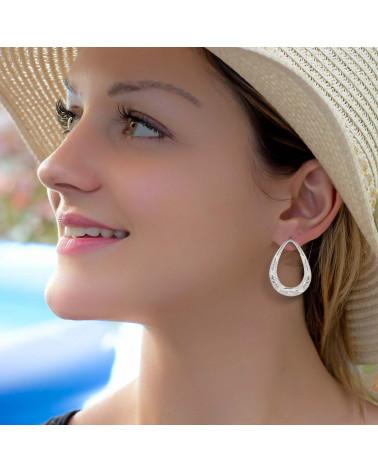 Ohrhänger aus weiss Perlmutt und Silber Rüschen